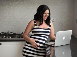 maternidad en mujeres autonomas